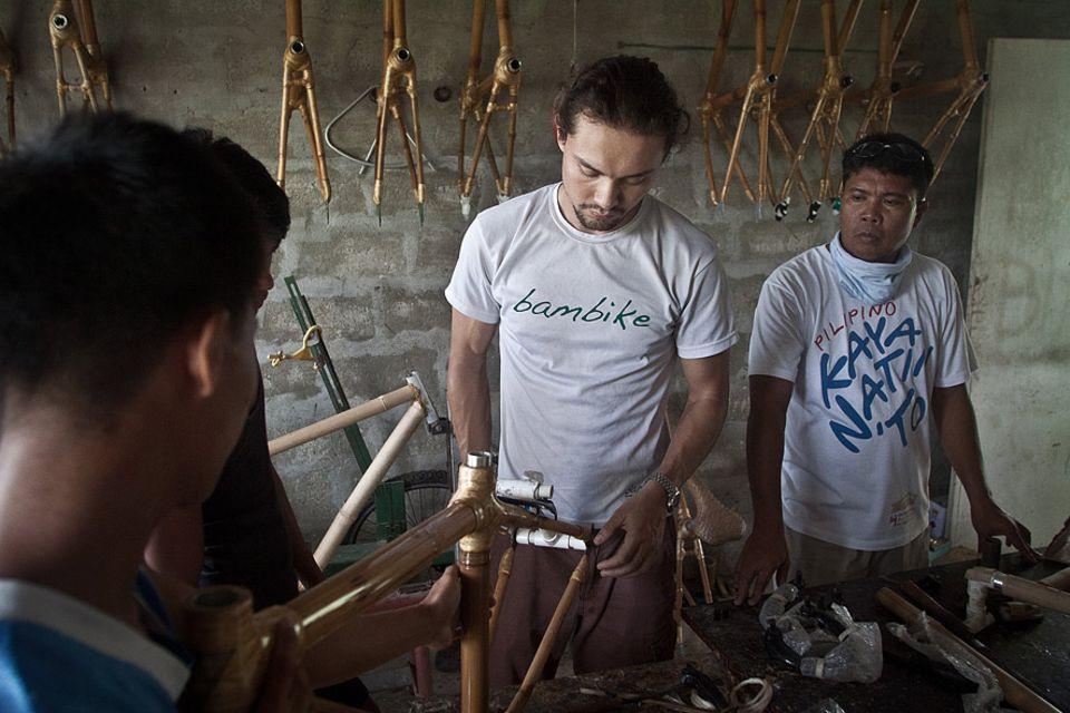 Bryan McClelland in seiner Werkstatt vor den Toren Manilas