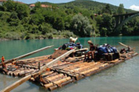 MONTENEGRO: Auf dem Floß durch die Schluchten der Tara