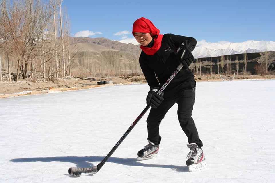 GEOlino-TV auf ARTE: Indien - Die Hockey-Heldinnen von Ladakh
