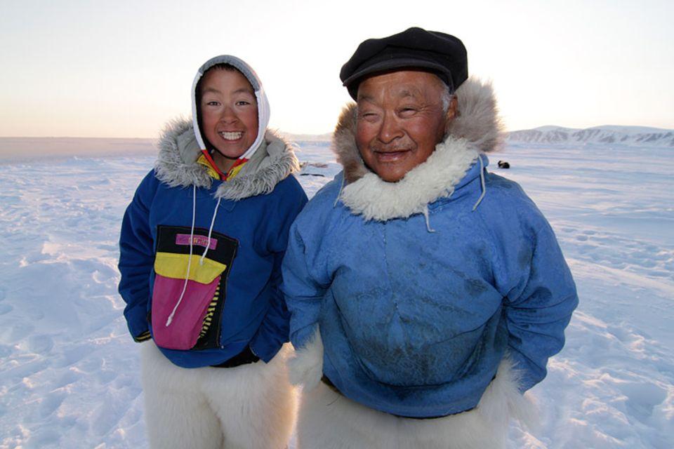 Qaaqqukannguaqs Großvater wird seinen Sohn und den Enkel auf die Jagd begleiten. Er gilt als einer der besten Jäger der Region.