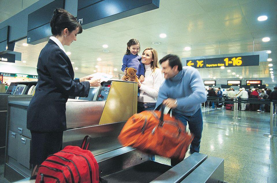 Reisephänomene: Die meisten Airlines lassen pro Passagier ein Gepäckstück á 20 Kilo zu