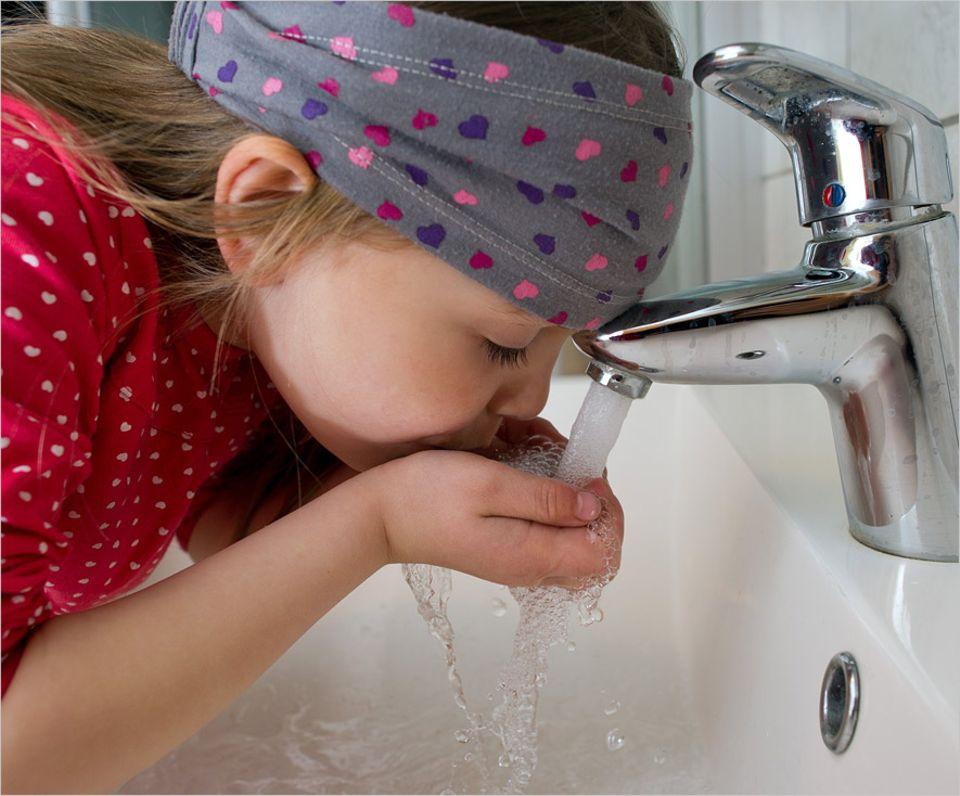 Umweltschutz: Wasser aus der Leitung ist in Deutschland eines der günstigsten und sichersten Lebensmittel überhaupt - noch
