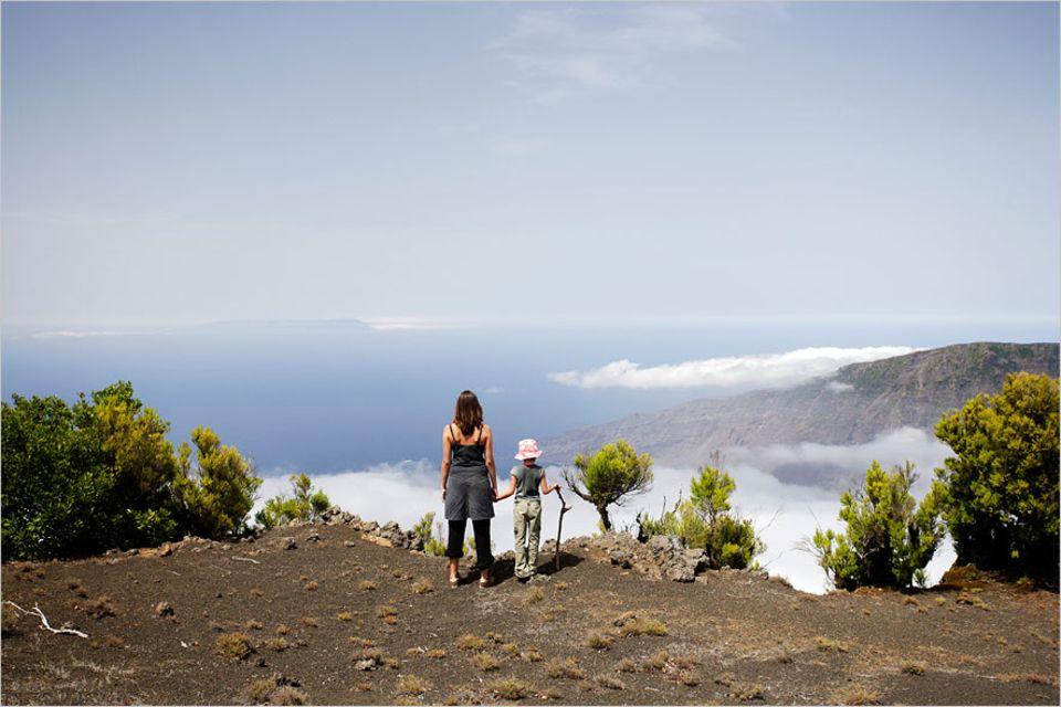 El Hierro: Pause oberhalb der Wolkendecke: Auf dem Wanderweg Camino de la Virgin