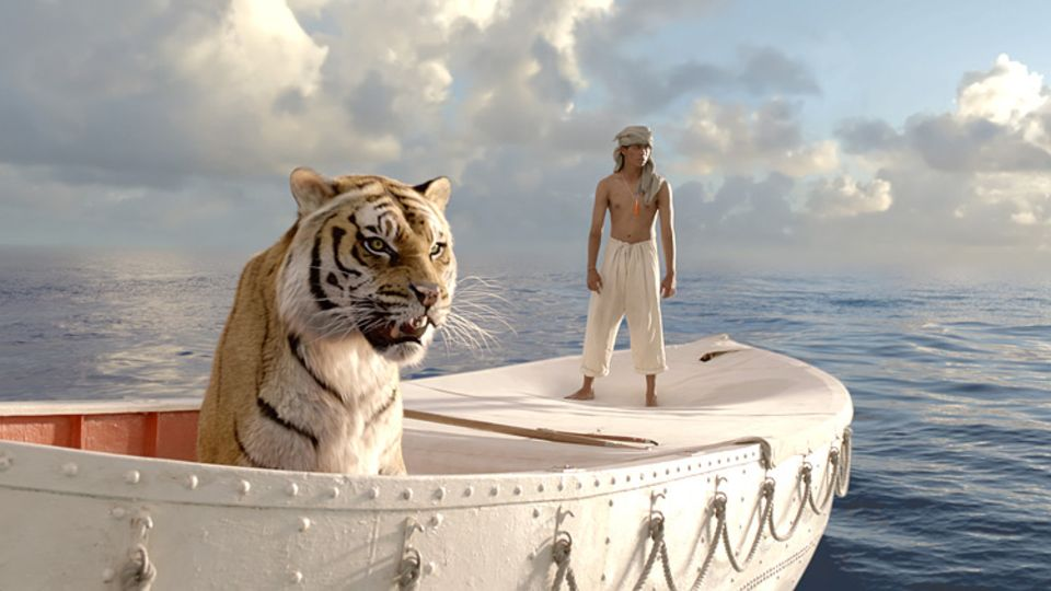 Schiffsbruch mit Tiger: Eine abenteuerliche Reise über 227 Tage: Tiger Richard Parker und Pi auf offenem Meer
