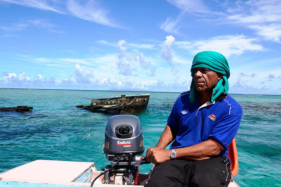 Fischer Laukau Moala auf dem Weg nach Matuku in der südlichen Ha'apai Gruppe, Tonga