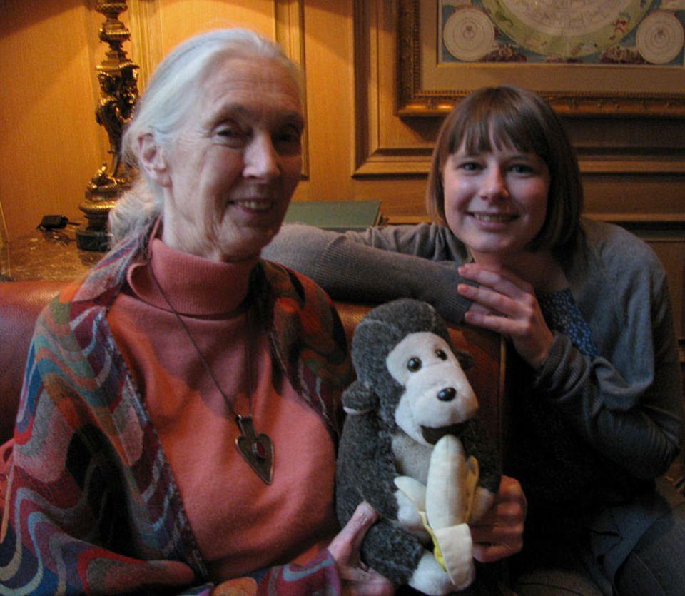 Schimpansen: GEOlino.de-Redakteurin Anna Sandner traf Jane Goodall in Berlin