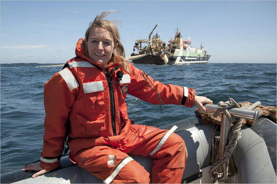 Interview: Greenpeace-Meeresbiologin Dr. Iris Menn bei der Arbeit auf hoher See