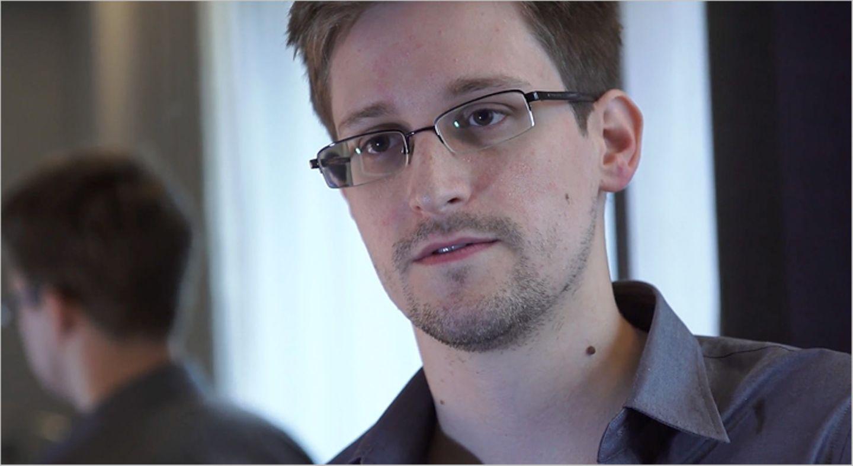 Weltveränderer: Edward Snowden hat 2013 den größten Überwachungs- und Spionagefall der Welt ins Rollen gebracht. Dafür soll er jetzt ins Gefängnis