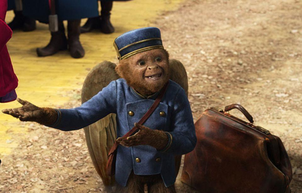 Der sprechende, geflügelte Affe Finley begleitet Oscar bei seinem Abenteuer und verschont ihn nicht vor seiner großen Klappe