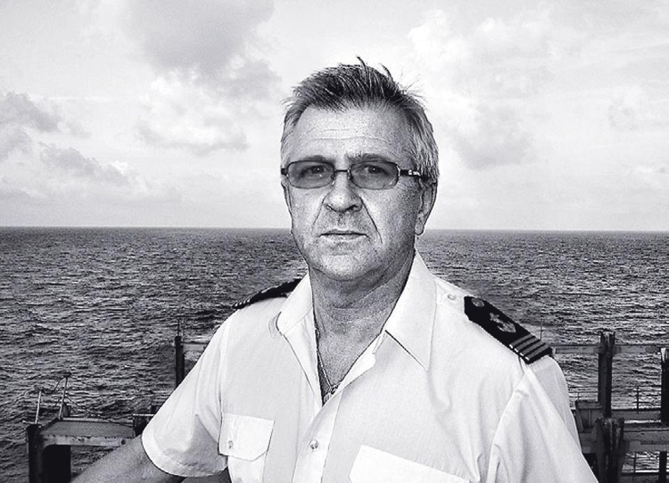 """2009: Piraten vor Somalia: Hat das Kommando über die """"Hansa Stavanger"""": Kapitän Krzysztof Kotiuk"""