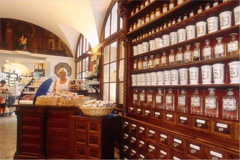 Reisephänomene: Medikamente im Ausland