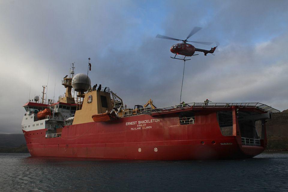 """Vor der Küste Südgeorgiens liegt das britische Forschungsschiff """"Ernest Shackleton"""". Mit an Bord: 200Tonnen Rattengift"""
