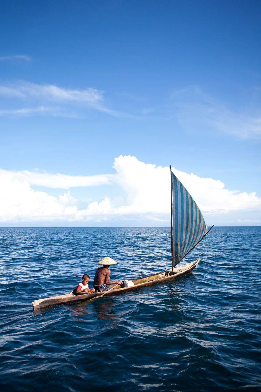 Die Bajau brauchen keine Seekarten oder Navigationsgeräte. Sie orientieren sich an den Unterwasserlandschaften und den Inseln