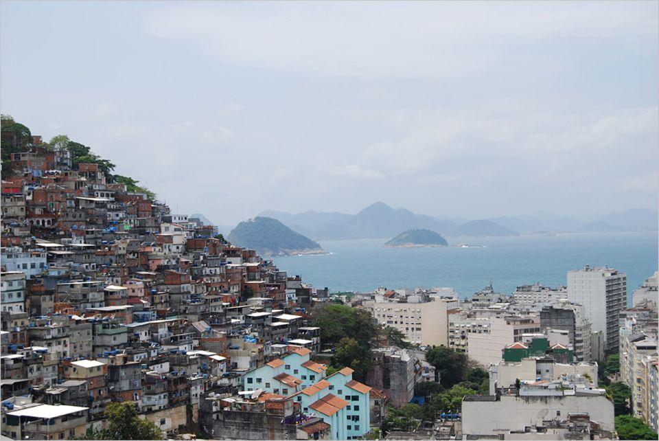 Rio de Janeiro: Der Favela-Komplex Cantagalo und Pavão-Pavãozinho liegt in der Südzone von Rio de Janeiro