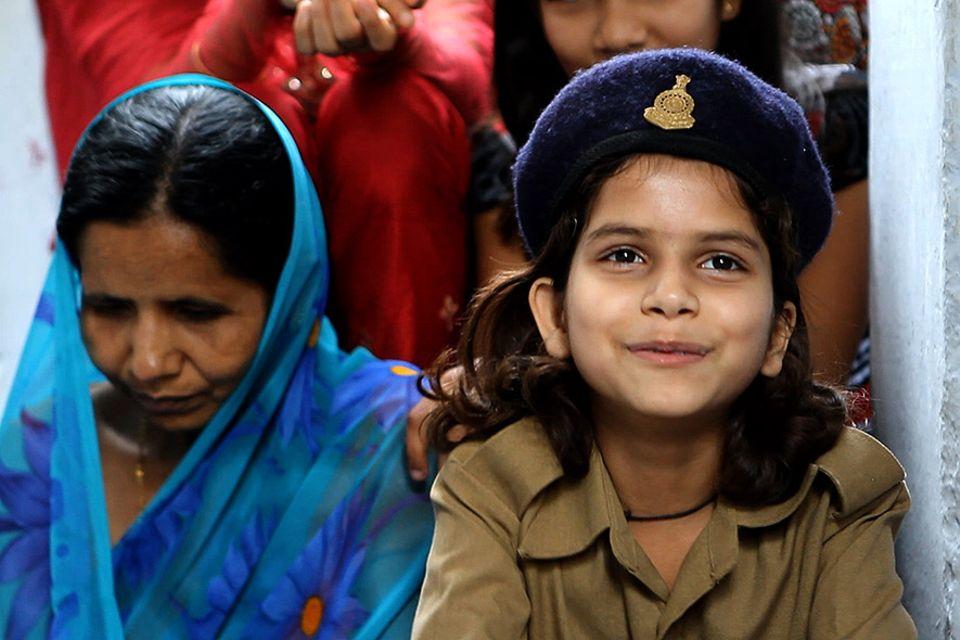 Der Kinderpolizeidienst von Chhattisgarh ist eine Form der Waisenrente