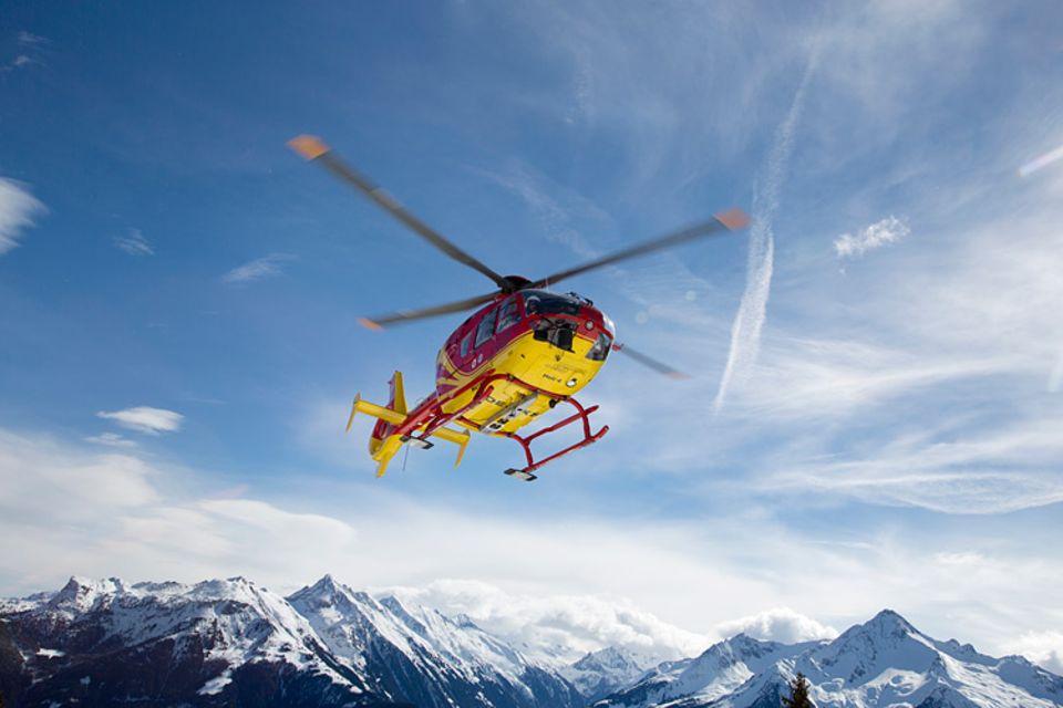 Hubschrauber: 1500 Flugstunden muss ein Pilot mindestens absolvieren, bevor er mit dem Rettungshubschrauber abheben darf