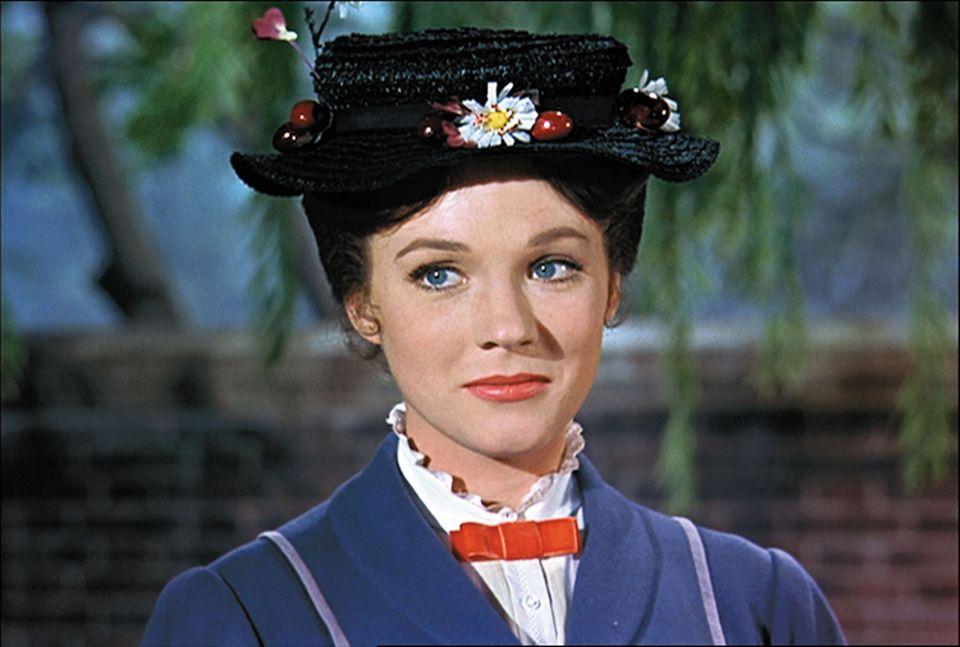 Filmtipp: Mary Poppins ist ein ganz schöner Sturkopf. Das zauberhafte Kindermädchen lässt sich von niemandem etwas sagen und führt besonders Mr. Banks, ordentlich an der Nase herum