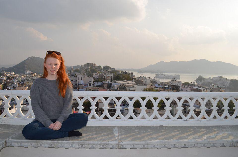 INDIEN: Nach einer Low-Budget-Reise durch Nordindien erholt sich Autorin Stella Brikey in dem nach eigenen Aussagen besten Wellness Retreat der Welt