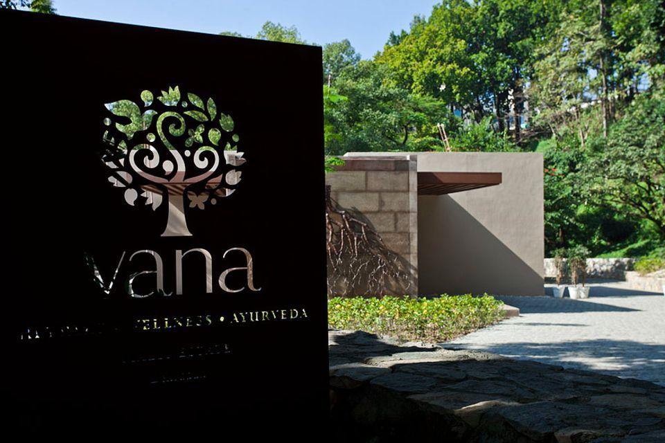INDIEN: Kein Baum wurde für den Bau des Vana gefällt, die komplette Anlage wurde in das bestehende Ökosystem integriert