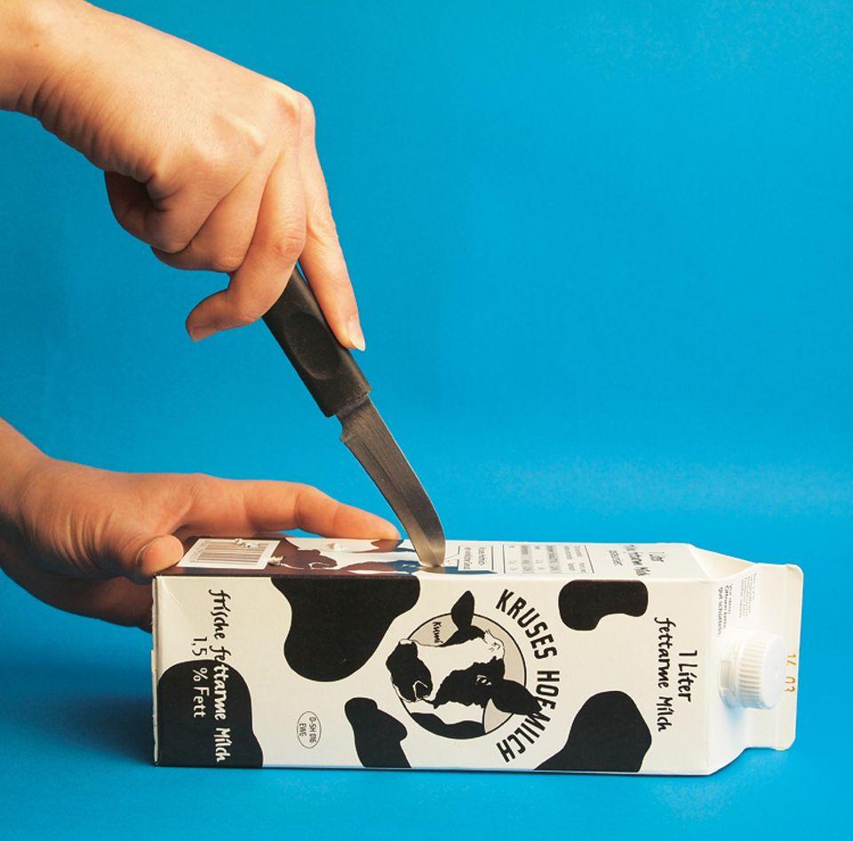 Basteln: Bohrt Löcher mit einem Messer