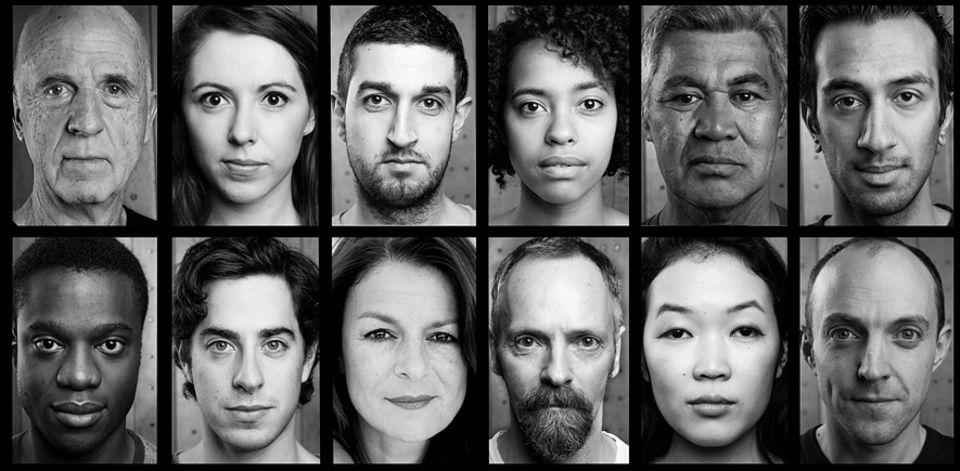 Interview: Diese zwölf Schauspieler werden bis April 2016 versuchen in jedem Land dieser Welt Hamlet aufzuführen. Beruce Khan und Miranda Foster (jeweils dritte Person von links) sprechen über ihre Erwartungen
