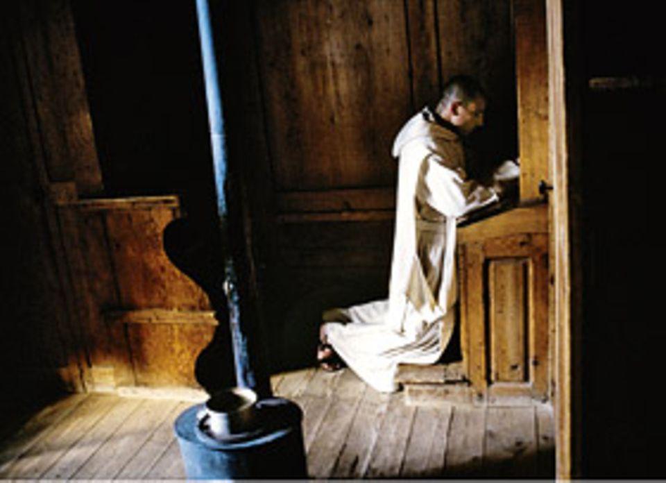 »Cella est coelum«, sagen die Mönche: Die Zelle ist der Himmel – in der der Mensch zusammen mit Gott wohnt, abgeschirmt von der Außenwelt