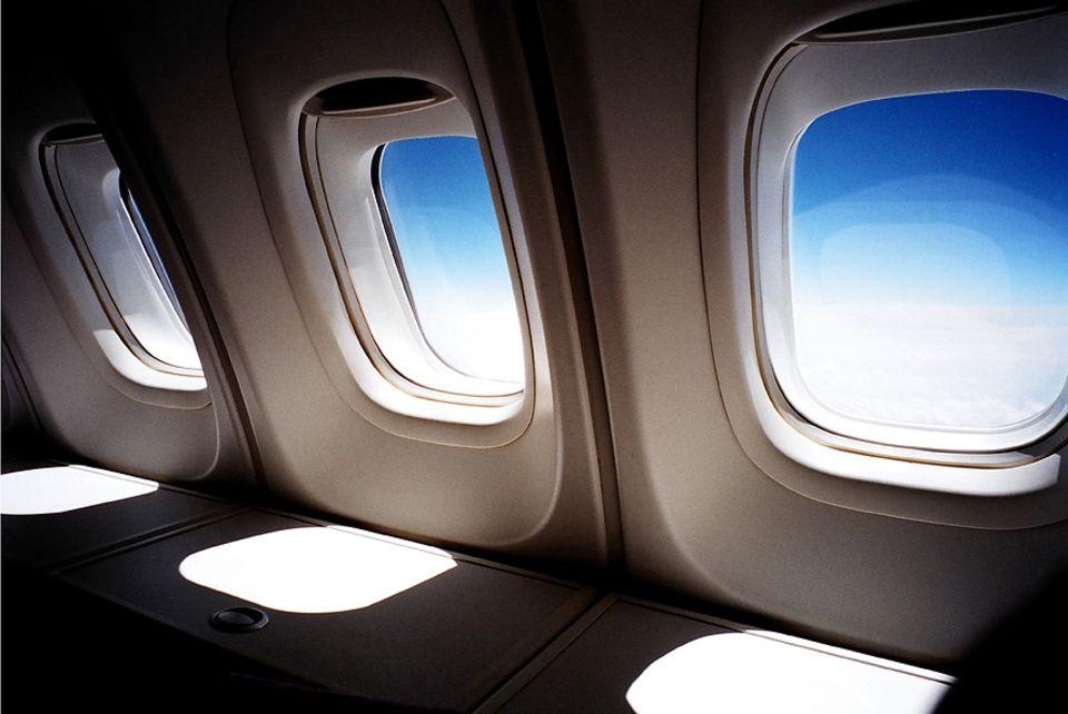 Fliegen: Schnall mal weg? Für 29 Euro nach London, für 35 nach Paris. Wer heute in den Urlaub fliegen möchte, wird im Internet mit Angeboten bombardiert