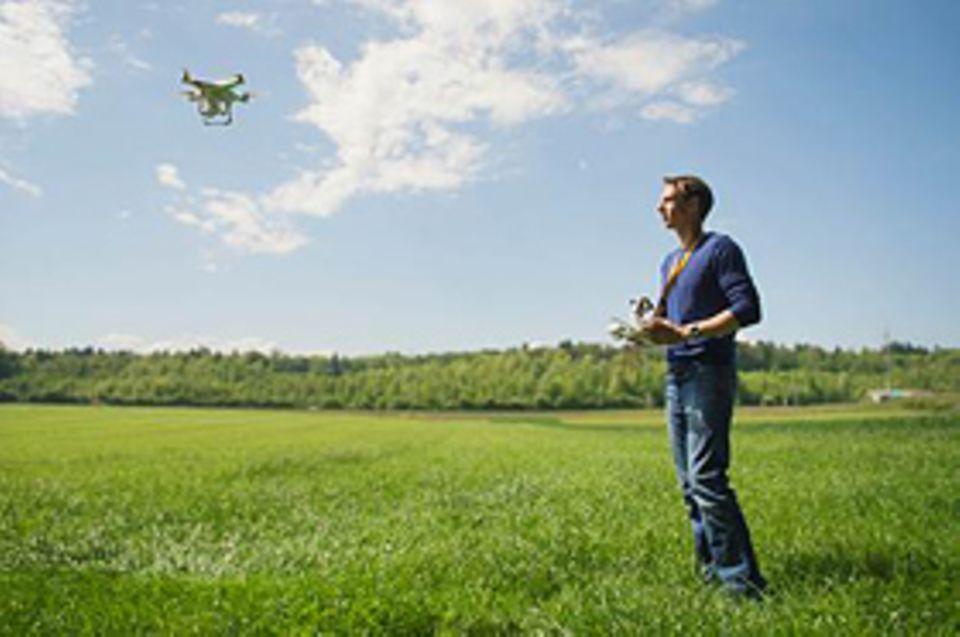 Travel by Drone: Jan Hiersemenzel lässt erst seit einem Jahr selbst seine Kamera mit der Drohne fliegen