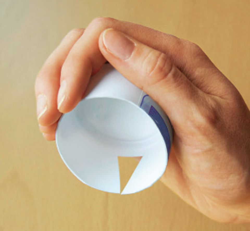 Basteln: So sieht der Klemmring aus, bevor ihr ihn angemalt habt