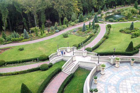 Skurriles Museum in Kiew: Besuch in der Protzvilla von Janukowitsch