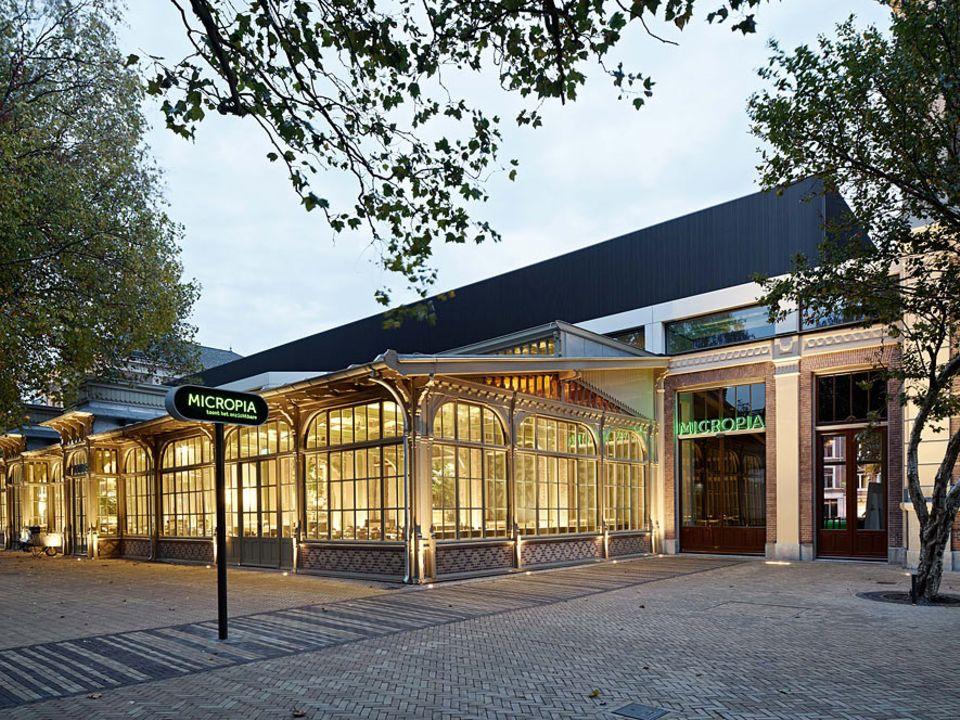 """Amsterdam: Für """"Micropia"""" wurde das historische Gebäude de Ledenlokalen erweitert"""