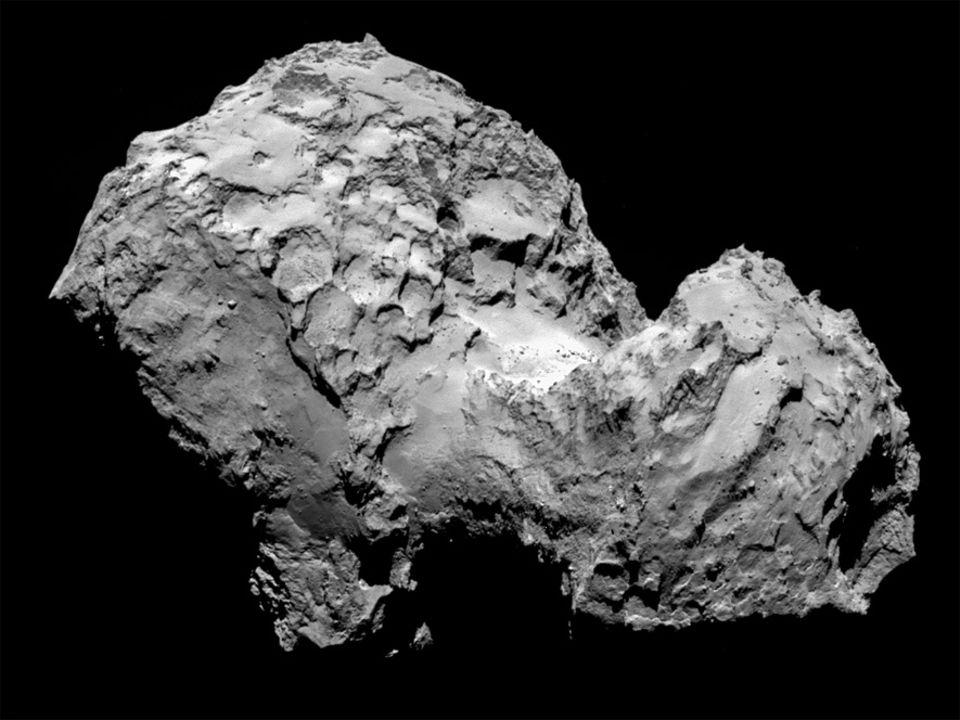 Raumsonde Rosetta: Staubig-unförmiger Brocken: Aus einer Entfernung von 285 Kilometern fotografiert Rosettas Bordkamera den Zielkometen