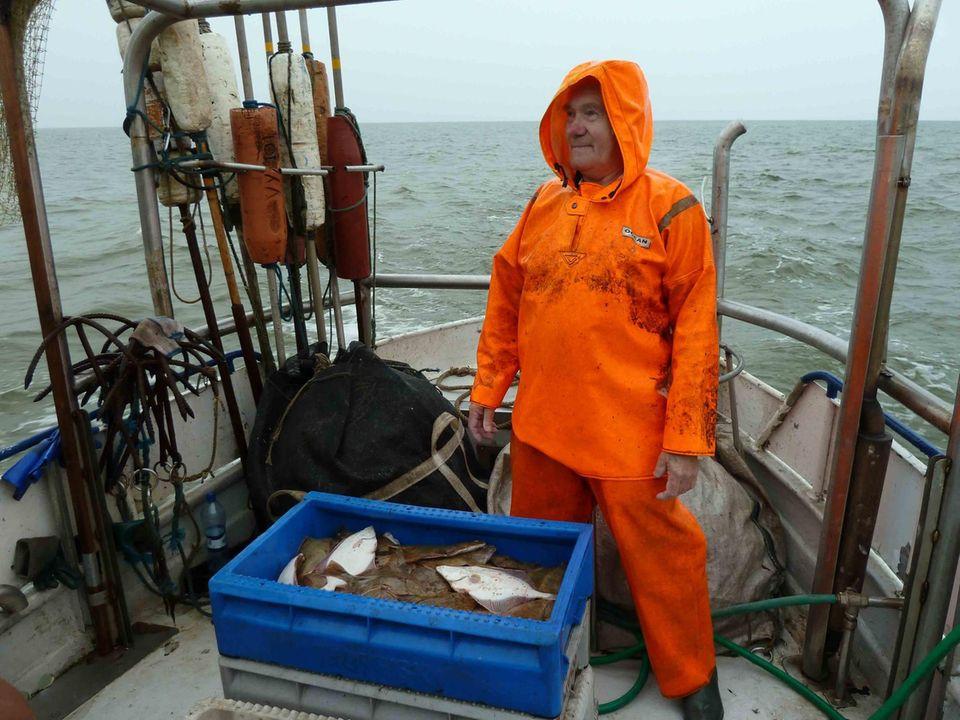 Vor 20 Jahren lebten die Bewohner des Küstendorfes Pavilosta ausschließlich vom Fischfang – heute ist die Fischerei auch hier ein hartes Brot, zumal wenn die berühmten Sprotten ausbleiben