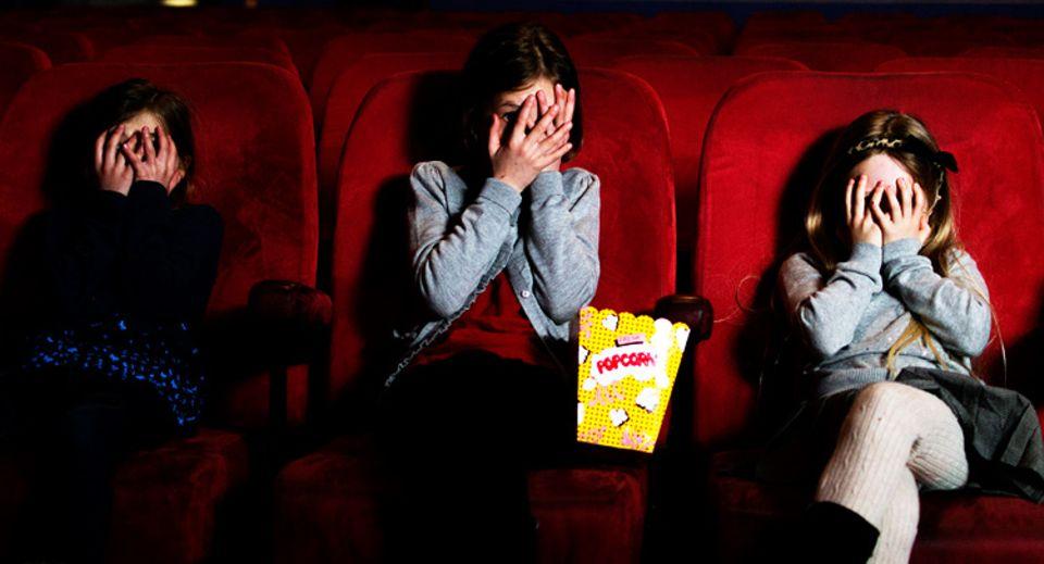 Film: Zu gruselig? Schon seit über 60 Jahren gibt es die FSK (Freiwillige Selbstkontrolle) Altersempfehlung für Filme