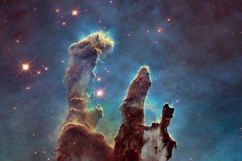 """Kosmos: Scharf wie nie: Die """"Säulen der Schöpfung"""""""