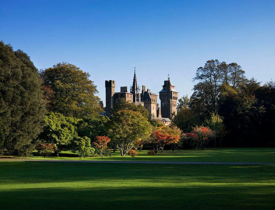 Cardiff Castle: Der Bute Park war einst der Schlossgarten und ist heutzutage nicht nur frei zugänglich sondern auch eine der beliebtesten Grünanlagen der Stadt