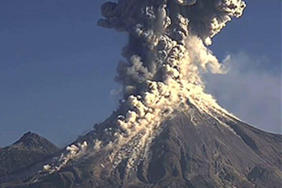 Mexiko: Webcam filmt Vulkanausbruch