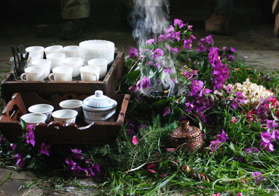 Äthiopien: Traditionelle Kaffeezeremonie