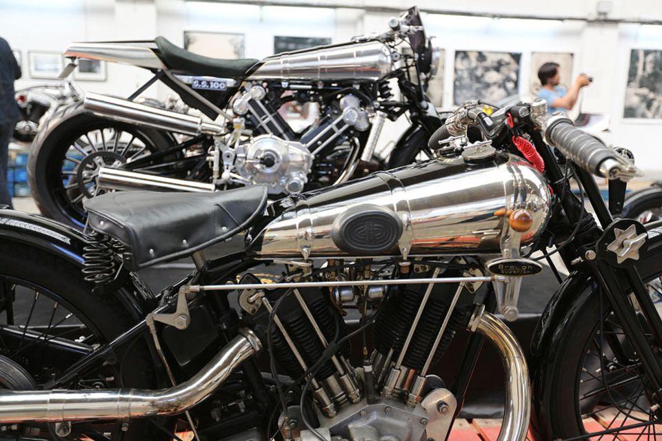 Motorradausstellung in Biarritz