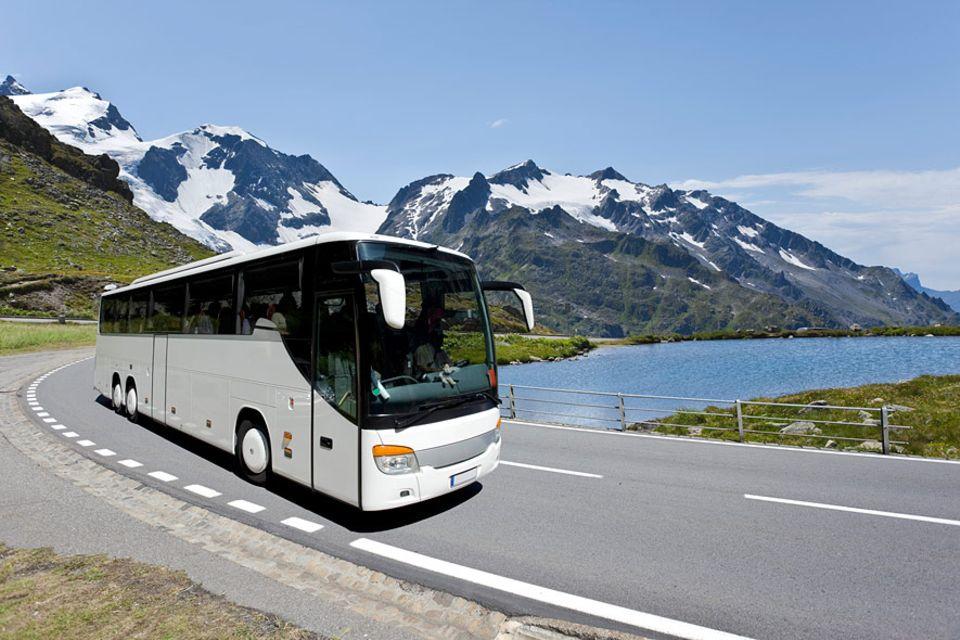 Reisewissen: Viele Fernbusstrecken sind sehr preisgünstig, aber nicht rentabel - doch den Reisenden freut's