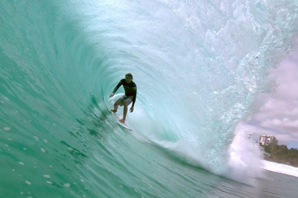 Video: Surfen in Superzeitlupe