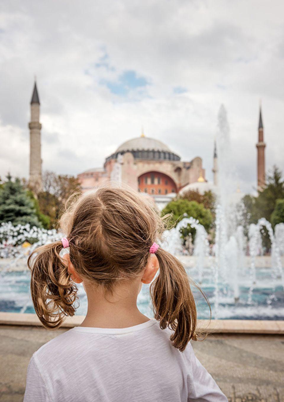 Reisetipps: Mit Kindern Istanbul entdecken, muss nicht gleich Stress bedeuten, so lange genügend Geschichten aus 1001 Nacht im Gepäck verstaut sind