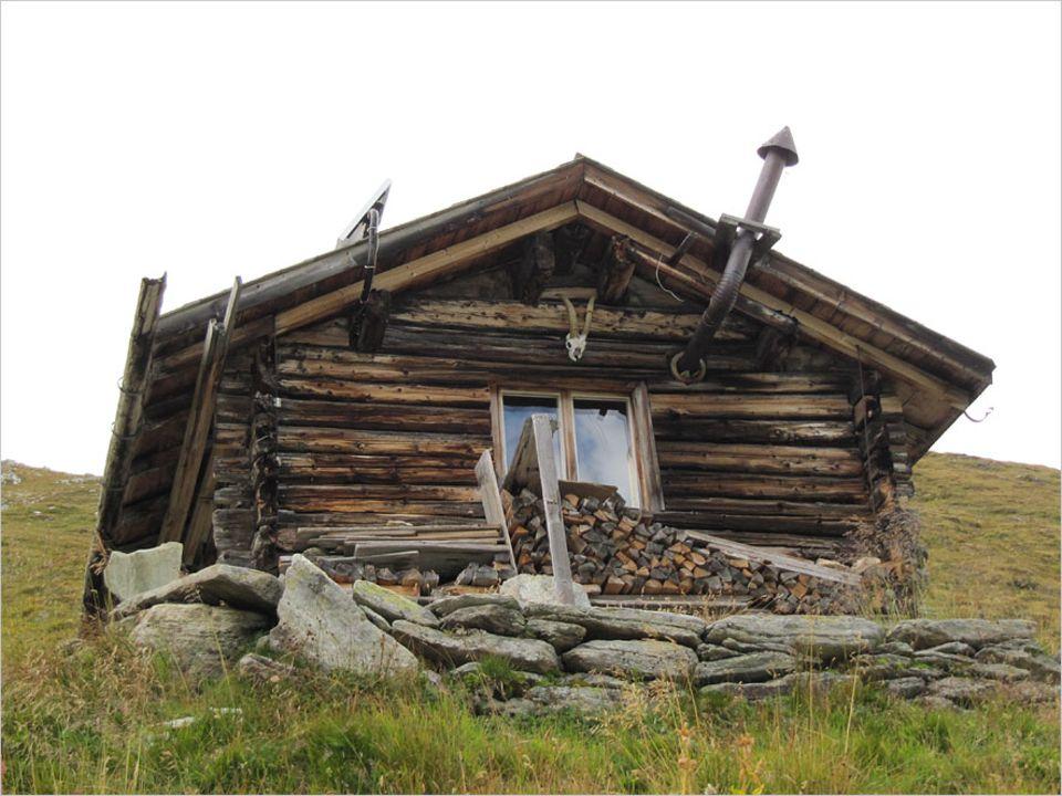 Auszeit: Heidi-Romantik auf 2700 Metern. Die Piot-Hütte, in der Uwe Fitzek drei Monate zuhause war, bietet ein einfaches Leben ohne jeglichen Luxus