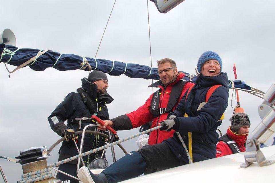 Segelrebellen: Was der eigene Körper auch nach einer Krebserkrankung noch für Kraft hat, lernten die Teilnehmer Tag für Tag auf dem Segelboot