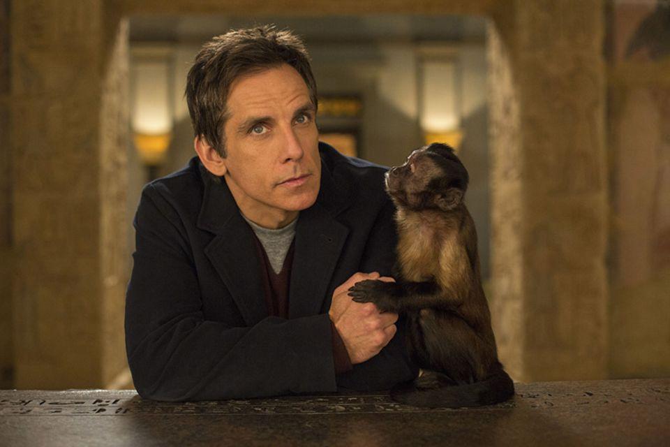 Film: Kapuzineräffchen Crystal mit Schauspieler Ben Stiller in Nachts im Museum 3