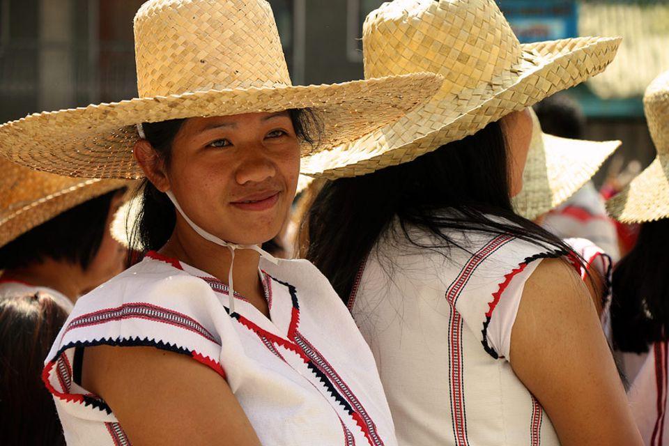 Philippinen: Um auch die jungen Menschen vom Bleiben zu überzeugen, sollen Tourismus und traditionelle Festivals die indigene Identität stärken