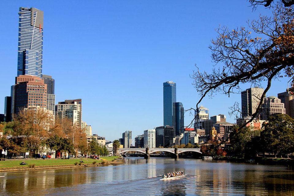 Melbourne: Der Yarra-Fluss teilt Melbourne, seine ursprüngliche Benennung Birrarung stammt von den Aborigines