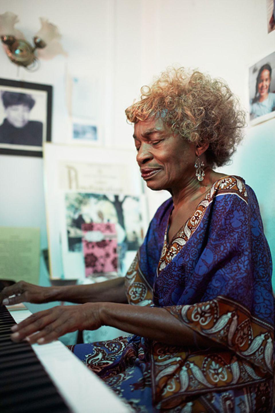 Städtereise: Sie ist die Grand Dame des Jazz in Harlem. Marjorie Eliot lädt jeden Sonntag zum Konzert ins Wohnzimmer