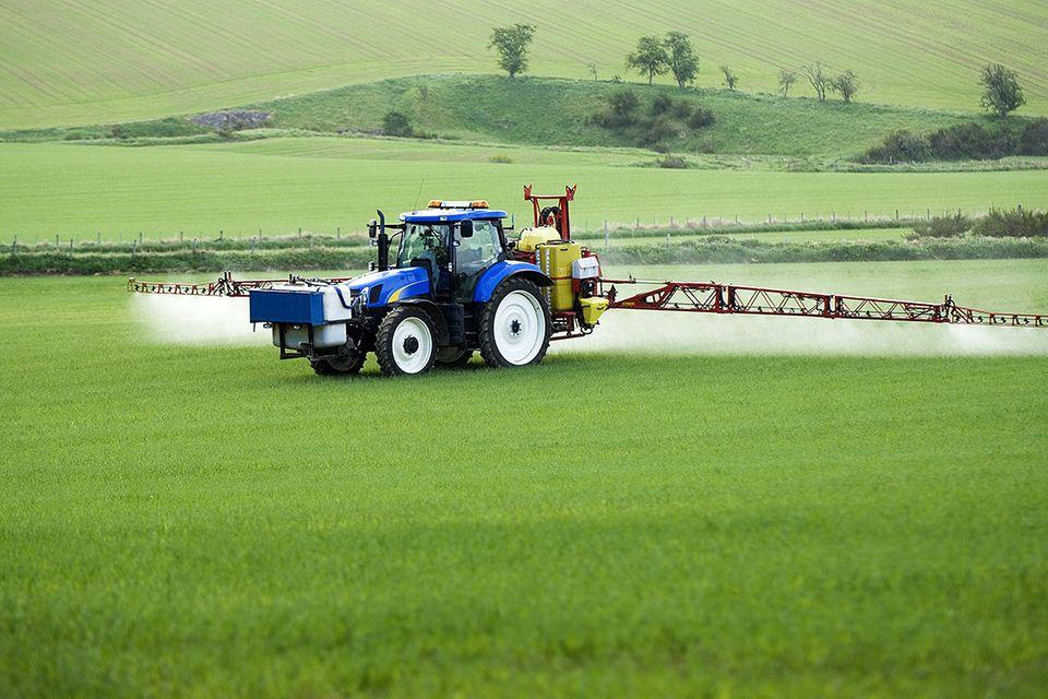 Glyphosat: Globale Giftspritze
