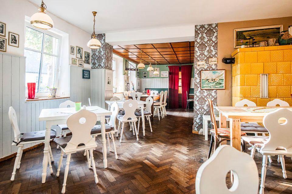 Insel Öhe: Aus der alten Dorfgaststätte in Schaprode machte Mathias Schilling mit viel Liebe und Pfiff den neuen In-Treff von Rügen - Schillings Gasthof